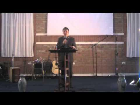 Luis Rodas - La incapacidad del hombre de elegir a Dios