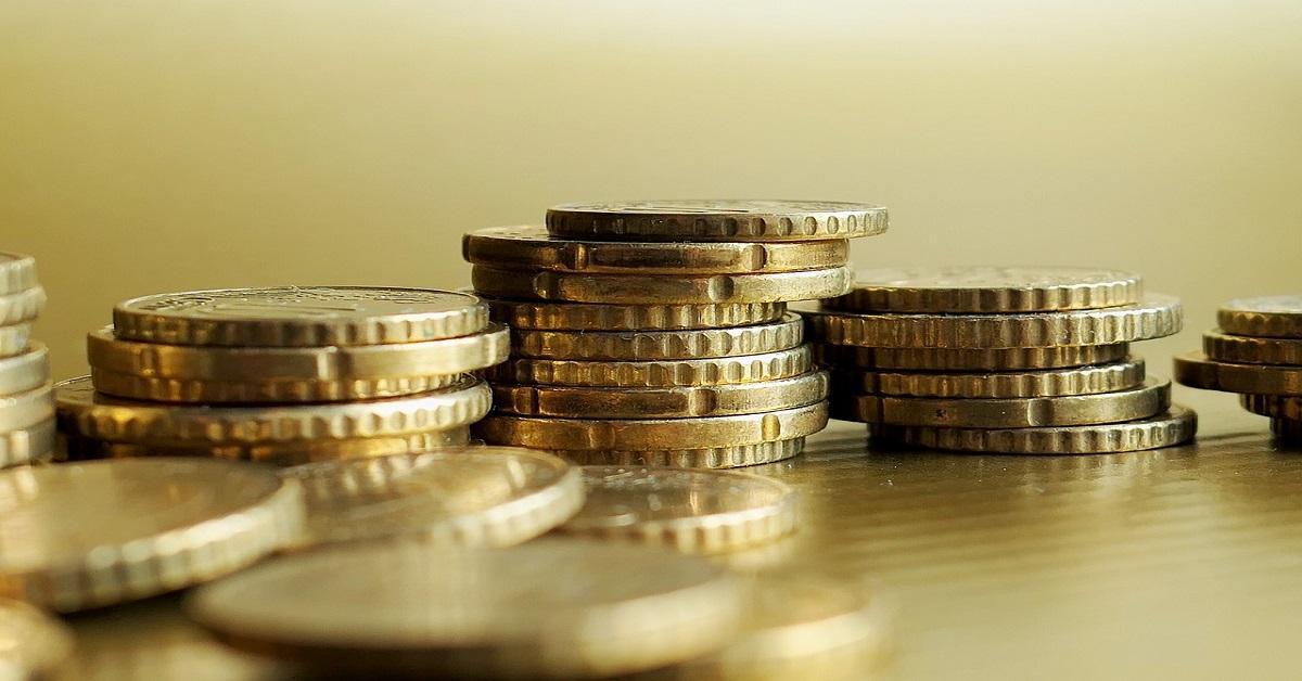 25 Versículos Bíblicos sobre el Dinero