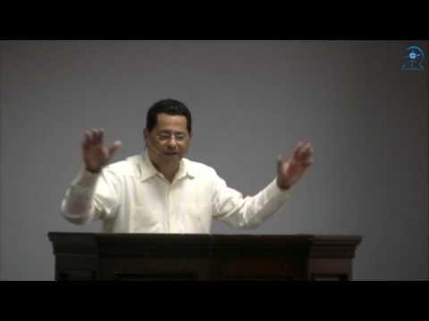 Pastor Héctor Santana - Las Armas de Nuestra Milicia