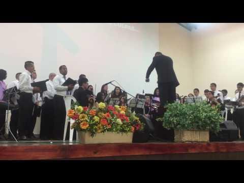 Himno interpretado por el Coro Polifónico - Hubo quien por mis culpas murió