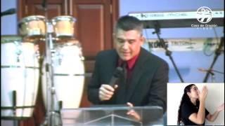Un milagro muy grande -  Julio Márquez -