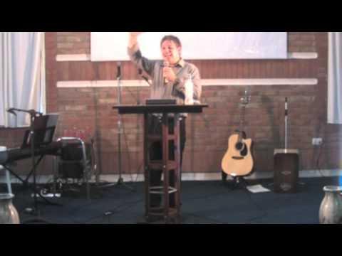 Luis Rodas - El mal no interrumpe la soberania de Dios, la cumple