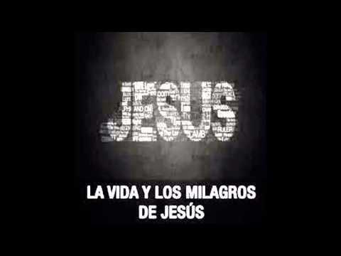 Jesús Consuela A Una Madre - Chuy Olivares