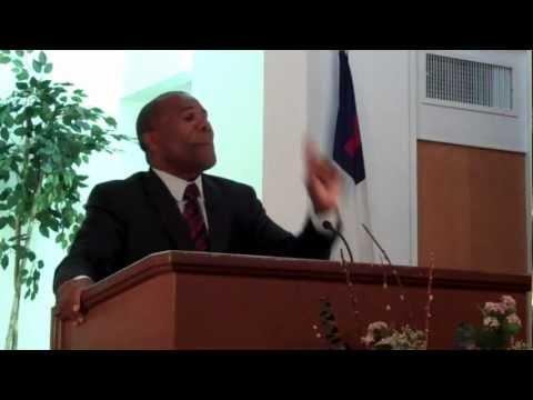 Pastor Rolando Díaz - 09-16-2012