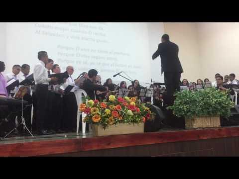 Himno interpretado por el Coro Polifónico - Porque Él vive