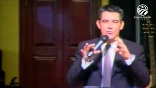 Un pacto de obediencia - Julio Márquez