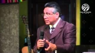 La importancia de la obediencia - Chuy Olivares