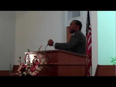 Pastor Rolando Díaz - Consideraciones acerca de la Cruz